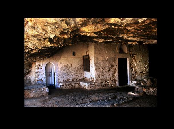 μοναστήρια της Κρήτης, μοναστήρια κρήτης, βυζαντινές μνήμες, βυζαντινά memorys Ψιλάκης, ψιλάκης