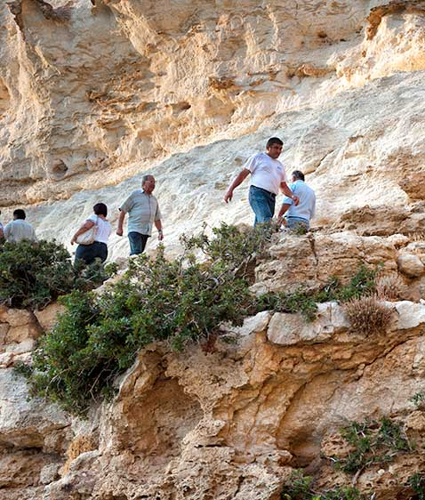 Δεκαπενταύγουστος, δεκαπεντάρηδες, δεκαπεντιστές της Κρήτης, ιερή πορεία